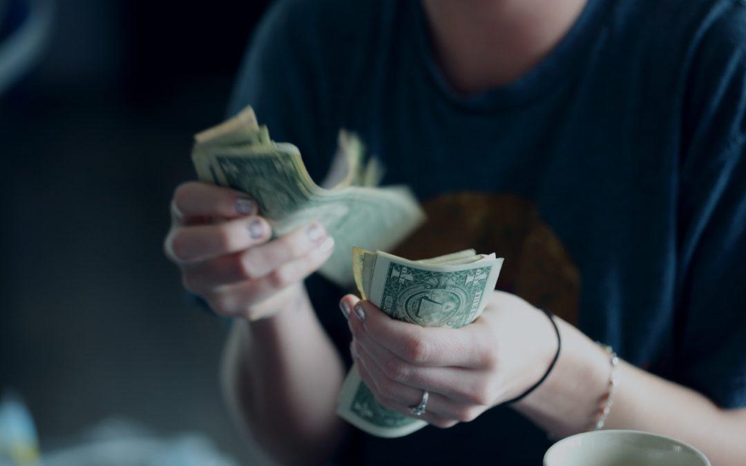 Geld verdienen met je LinkedIn achtergrondfoto